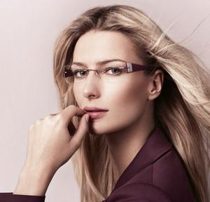 איך להתאפר עם משקפיים?